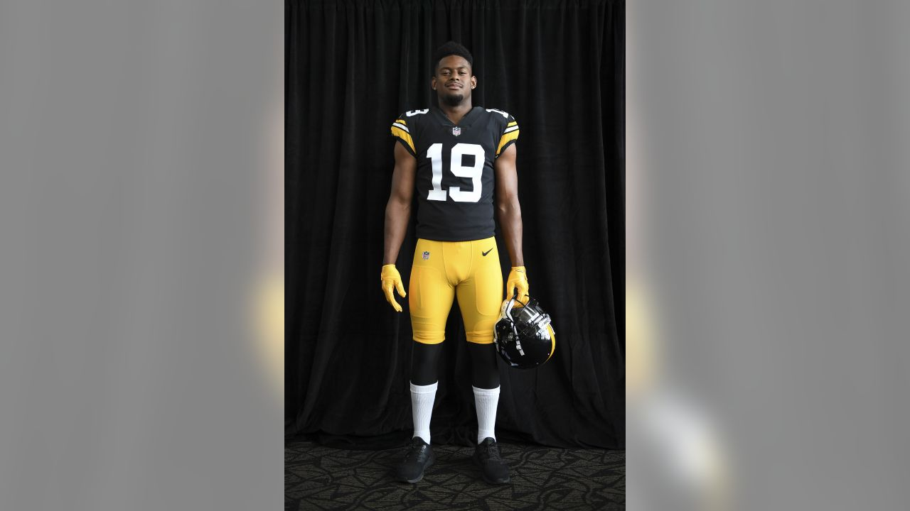online store 1d060 fe105 PHOTOS: Steelers reveal 2018 Throwback Jersey