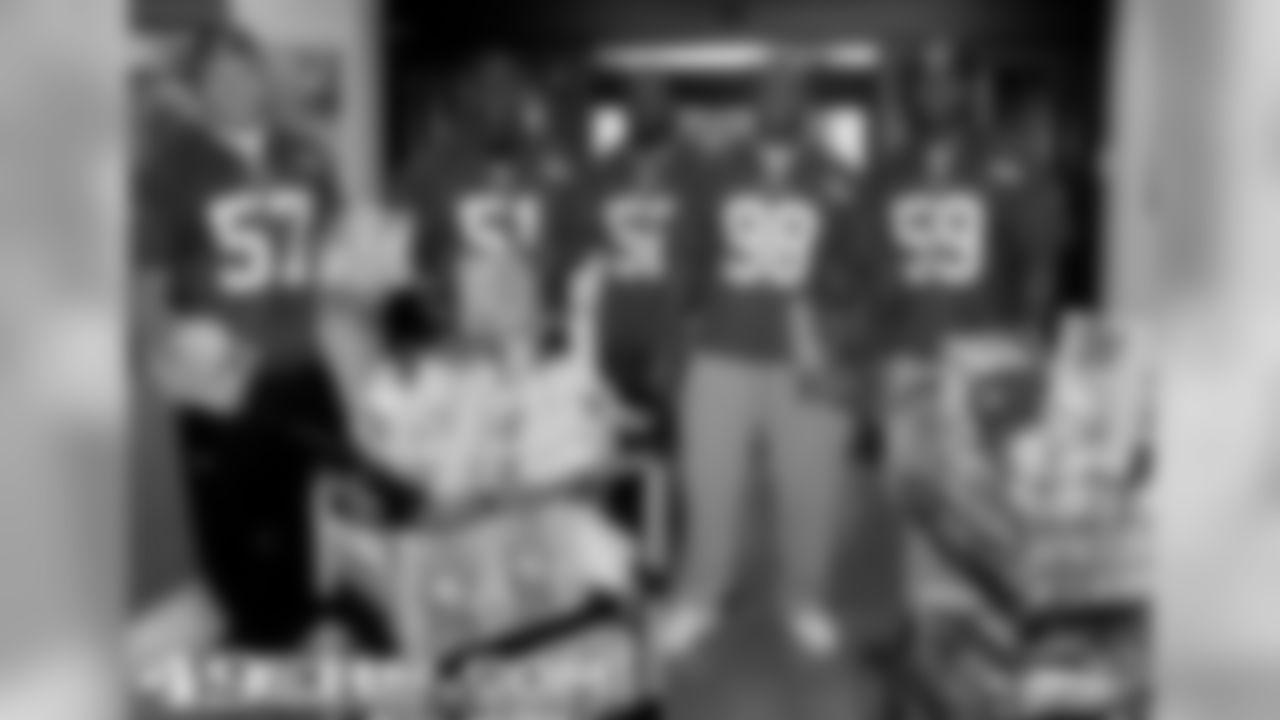 Linebackers gave presents to the kids at  Good Samaritan Hospital