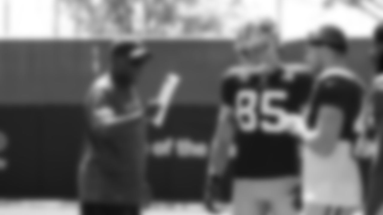 Running Backs Coach Bobby Turner, TE George Kittle, FB Kyle Juszczyk