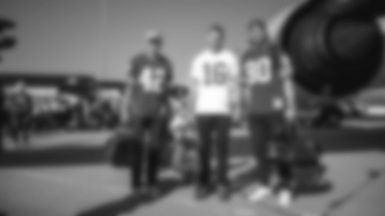 K Robbie Gould, P Mitch Wishnowksy and LS Kyle Nelson
