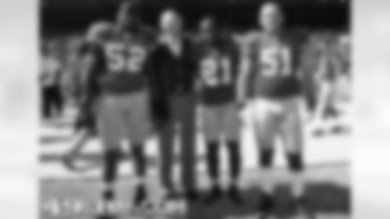 49ers Honorary Team Captain Gordy Soltau
