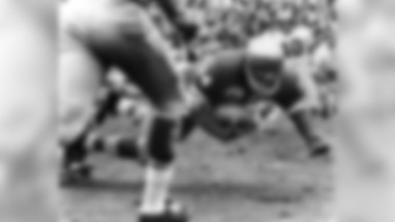 Joe Perry (1950-1955, 1958)