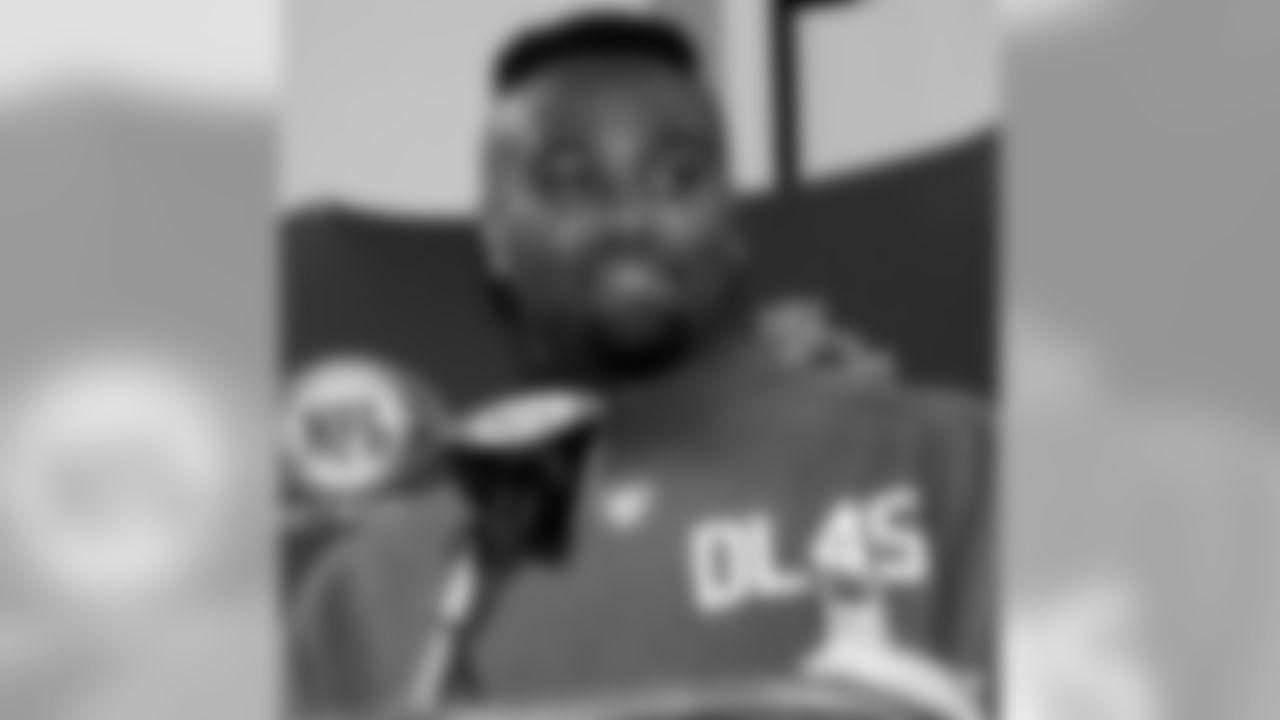 Purdue defensive linemen Anthony Spencer