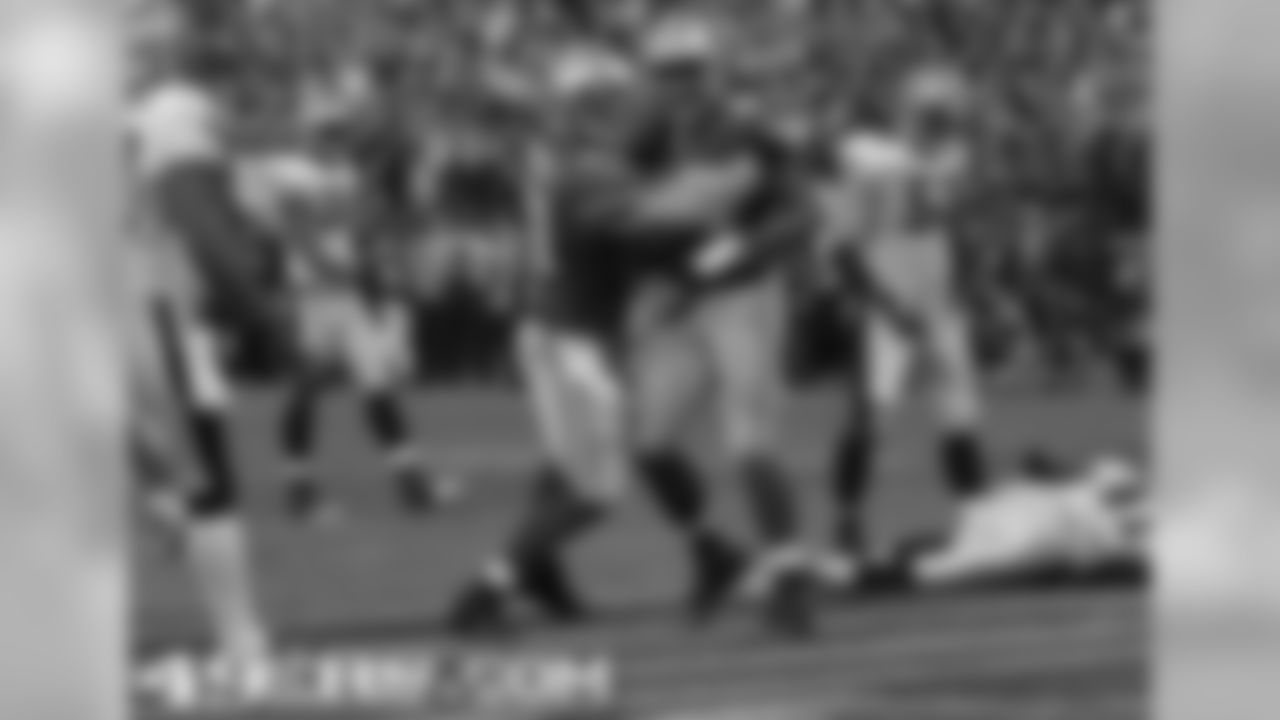 TE Vernon Davis after his epic playoff touchdown