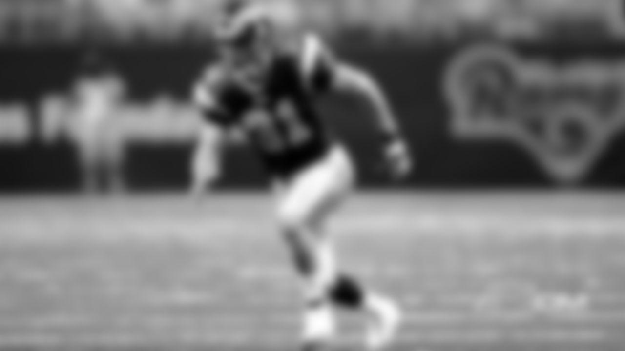 2001 DB Adam Archuleta (Rams)