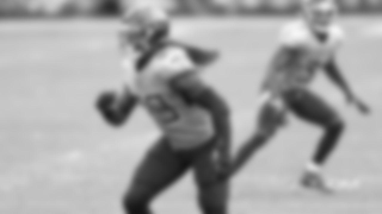 DE Jadeveon Clowney 2020 team: Tennessee Titans
