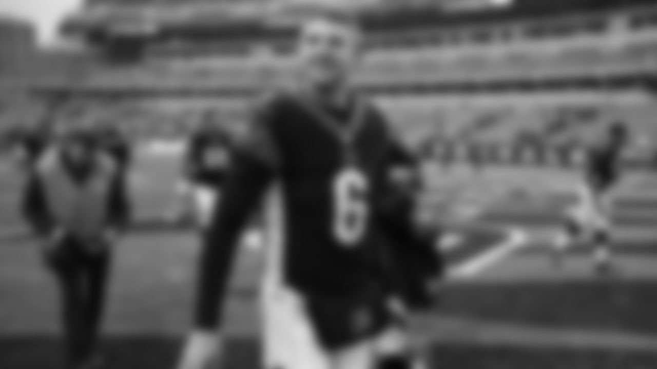 Cincinnati Bengals quarterback Jeff Driskel smiles as he walks off the field after an NFL football game against the Oakland Raiders, Sunday, Dec. 16, 2018, in Cincinnati. (AP Photo/Gary Landers)