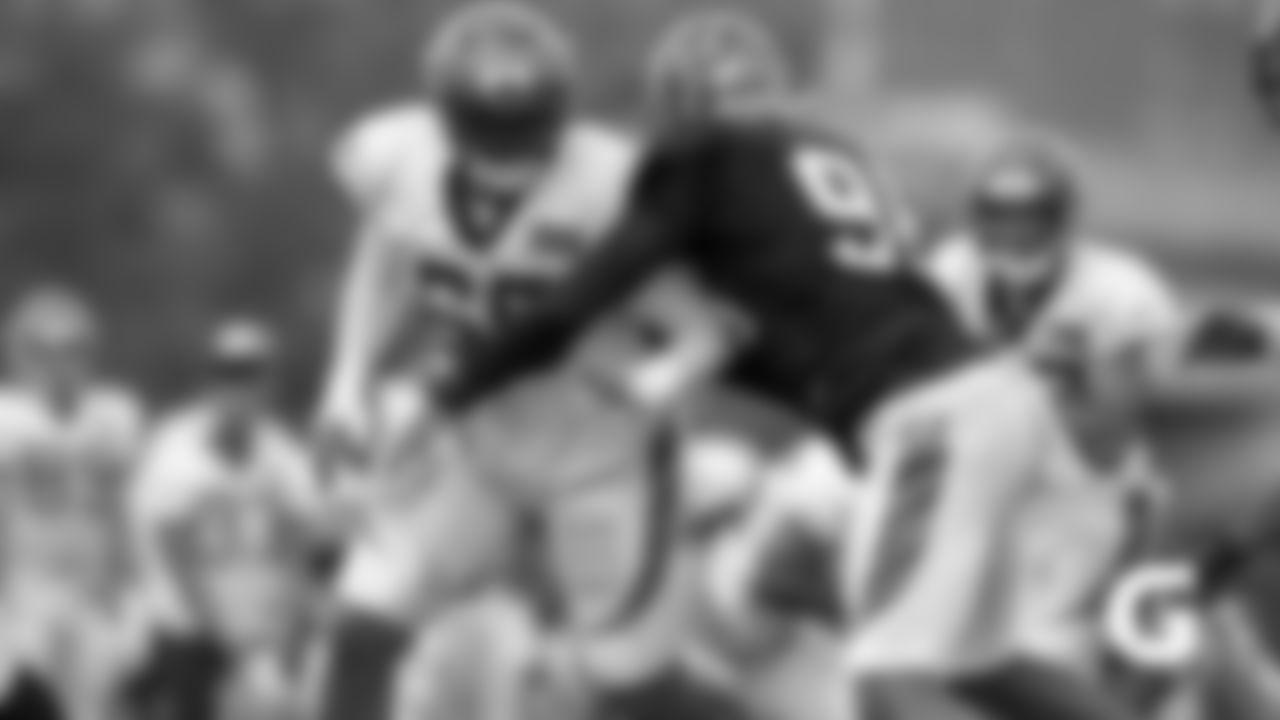GATORADE-190812-Hart-Bobby_Dunlap-Carlos_play_TC