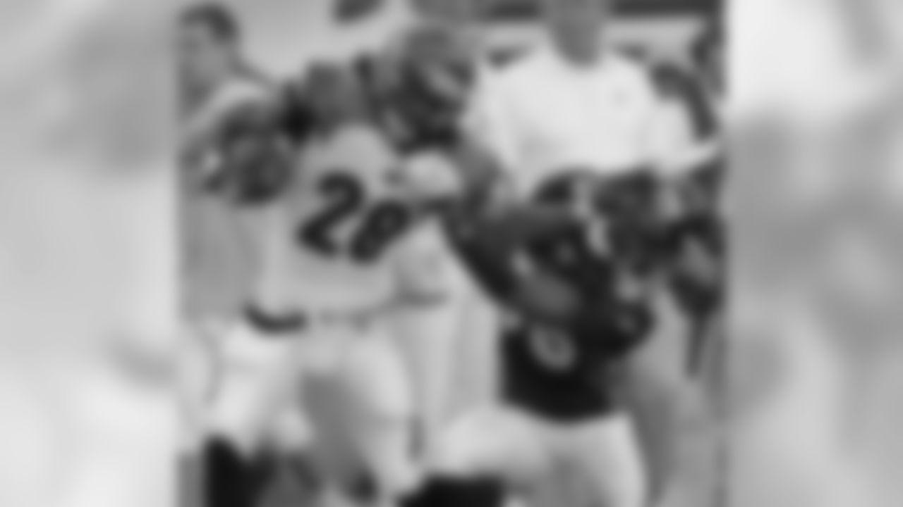 Broncos-Bengals Photo Gallery (8/15/10)