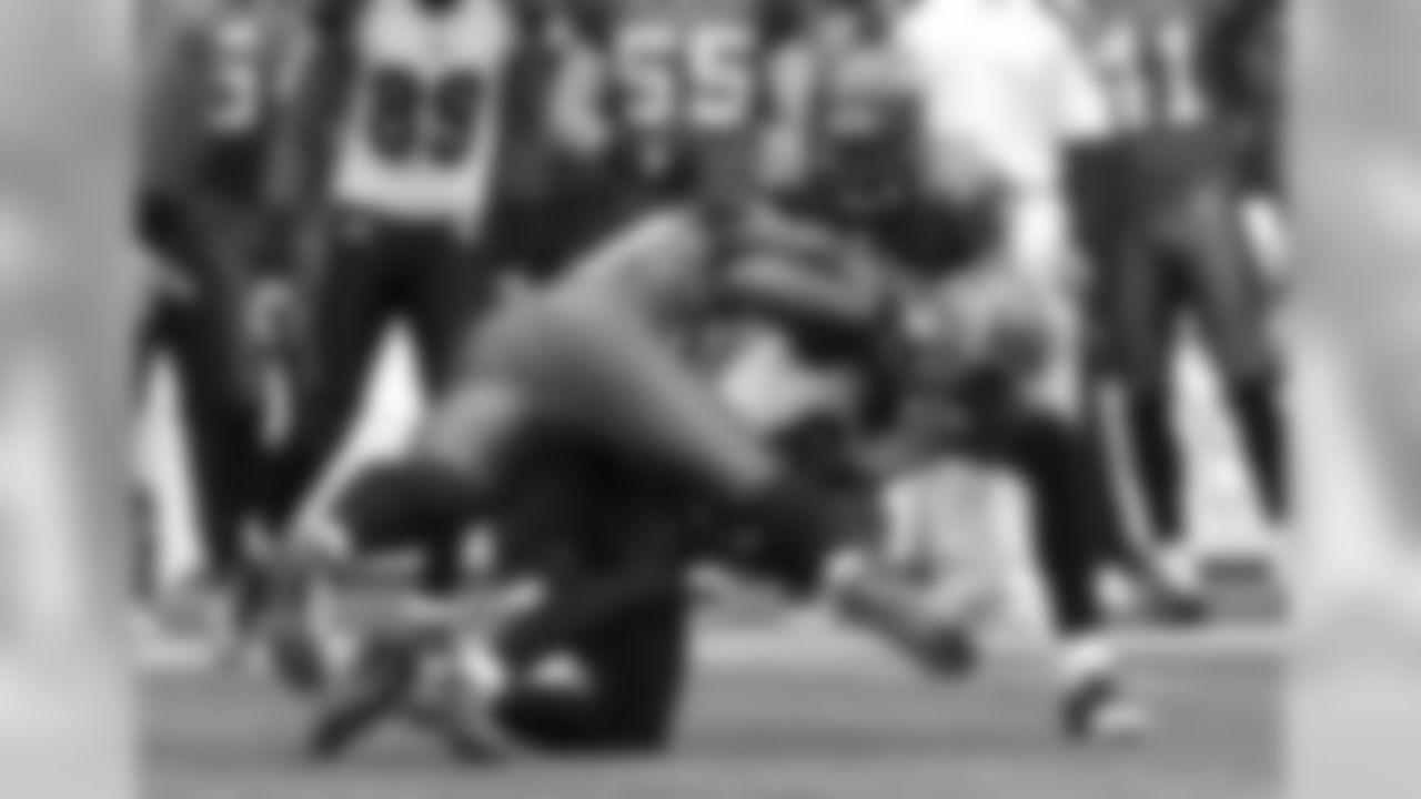 Bengals-Seahawks Photo Gallery (10/30/11)