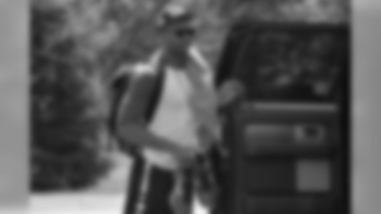 Rookie QB EJ Manuel arrives at camp