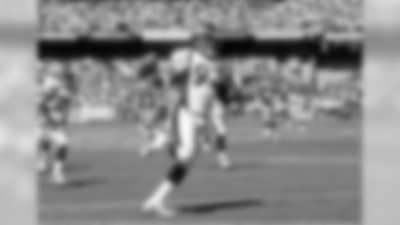 Highlights: DT Trevor Pryce (Round 1, No. 28 overall) G Dan Neil (Round 3, No. 67 overall) The Broncos had just three selections, but found and two starters who made it to their second contracts and played eight and nine seasons in orange and blue, respectively. Not a bad haul from a draft that had to be about quality, not quantity, as the Broncos used most of their draft picks as trade currency. For more, click here