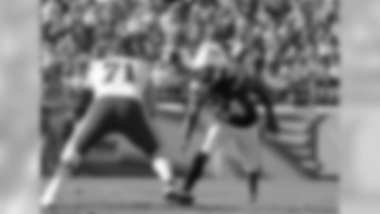 Ingram followed up his breakthrough 2015 season with an eight-sack 2016 campaign that established him as an emerging edge rusher after he grappled with injuries in his first two seasons. What separates Ingram from the pack is his work against the run; ProFootballFocus.com ranked him sixth among 59 OLBs as a run defender last year.