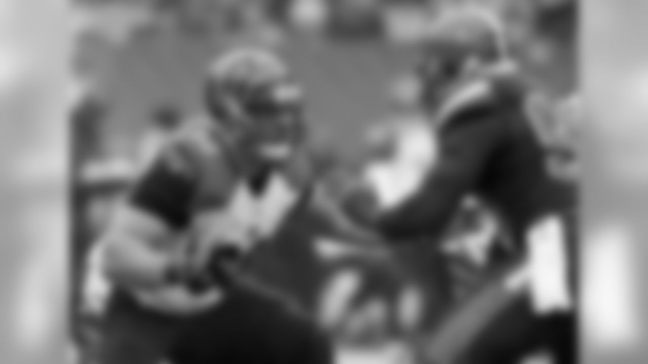 Wisconsin has produced some outstanding offensive linemen in recent years, including free-agent tackle Ricky Wagner, but Zeitler may be the best of the bunch, equally adept in pass protection and as a run blocker. Although he's not the quickest interior lineman, Zeitler compensates with good fundamentals and outstanding power off the snap.