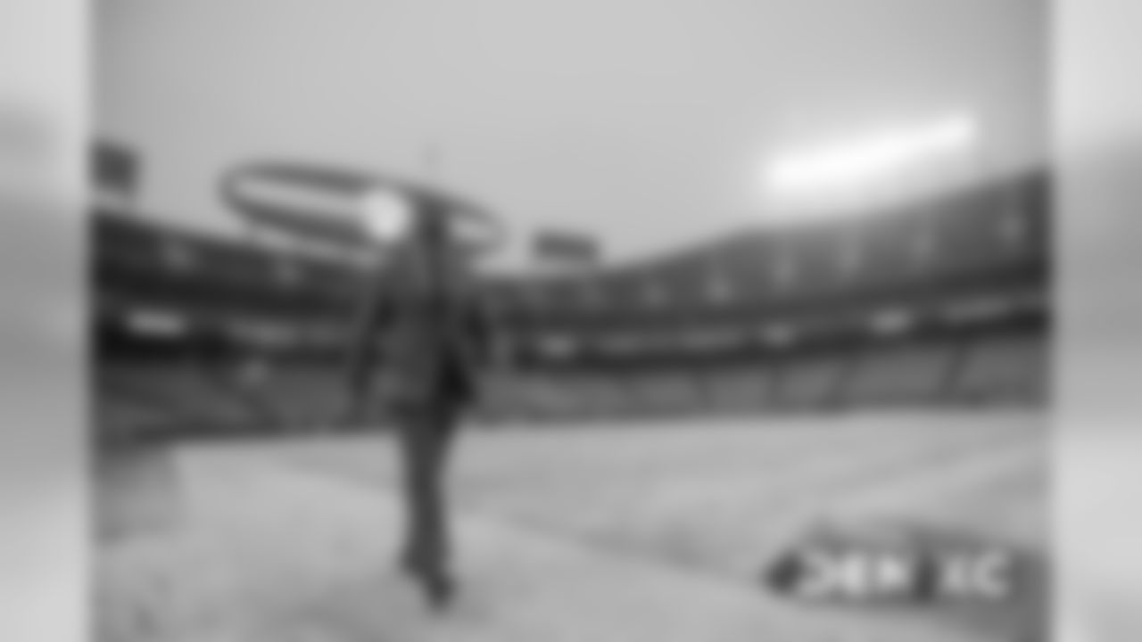 Garett Bolles walks through the snow before the Broncos' Week 15 game against the Kansas City Chiefs at Arrowhead Stadium on December 15, 2019. (Photo by Ben Swanson)