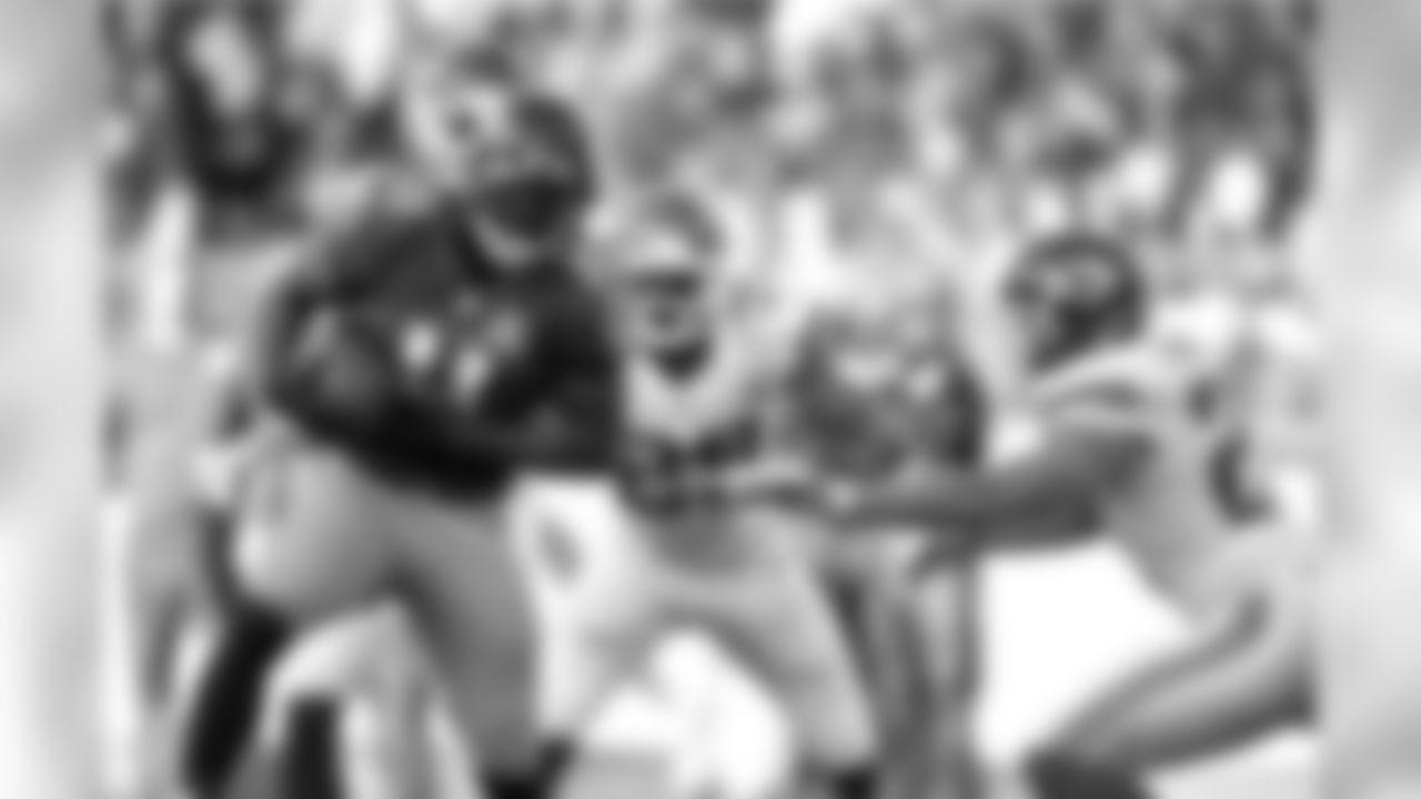 2015 stats: 75 rec., 944 yards (12.6 yards per rec.), 5 rec. TDs Career stats: 99 rec., 1,211 yards (12.2 yards per rec.), 8 rec. TD, 4 NFL seasons