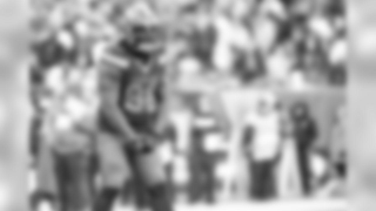 Defensive tackle Sheldon Richardson (98)