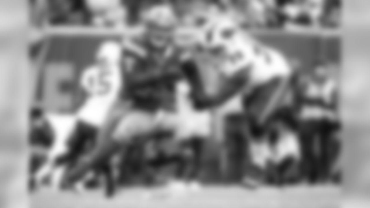 Defensive end Myles Garrett (95)