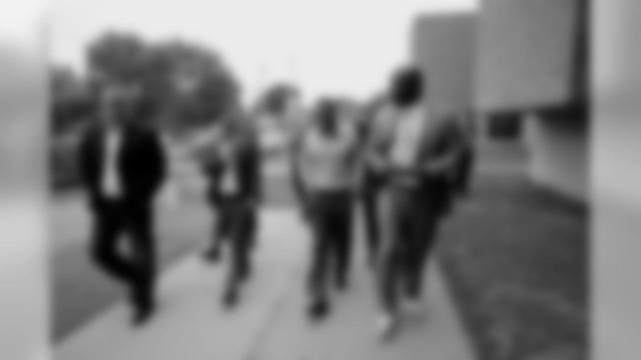Leadership Group visits Walton School