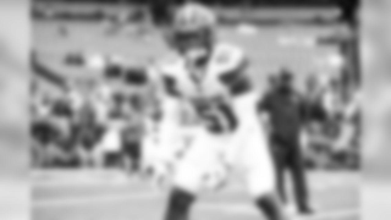 Linebacker Mack Wilson (51)