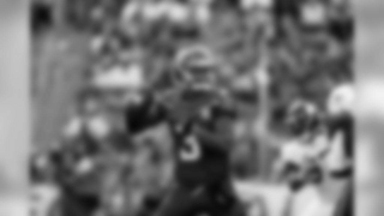 Jameis Winston, QB- 1 Time Pro Bowler in 2015