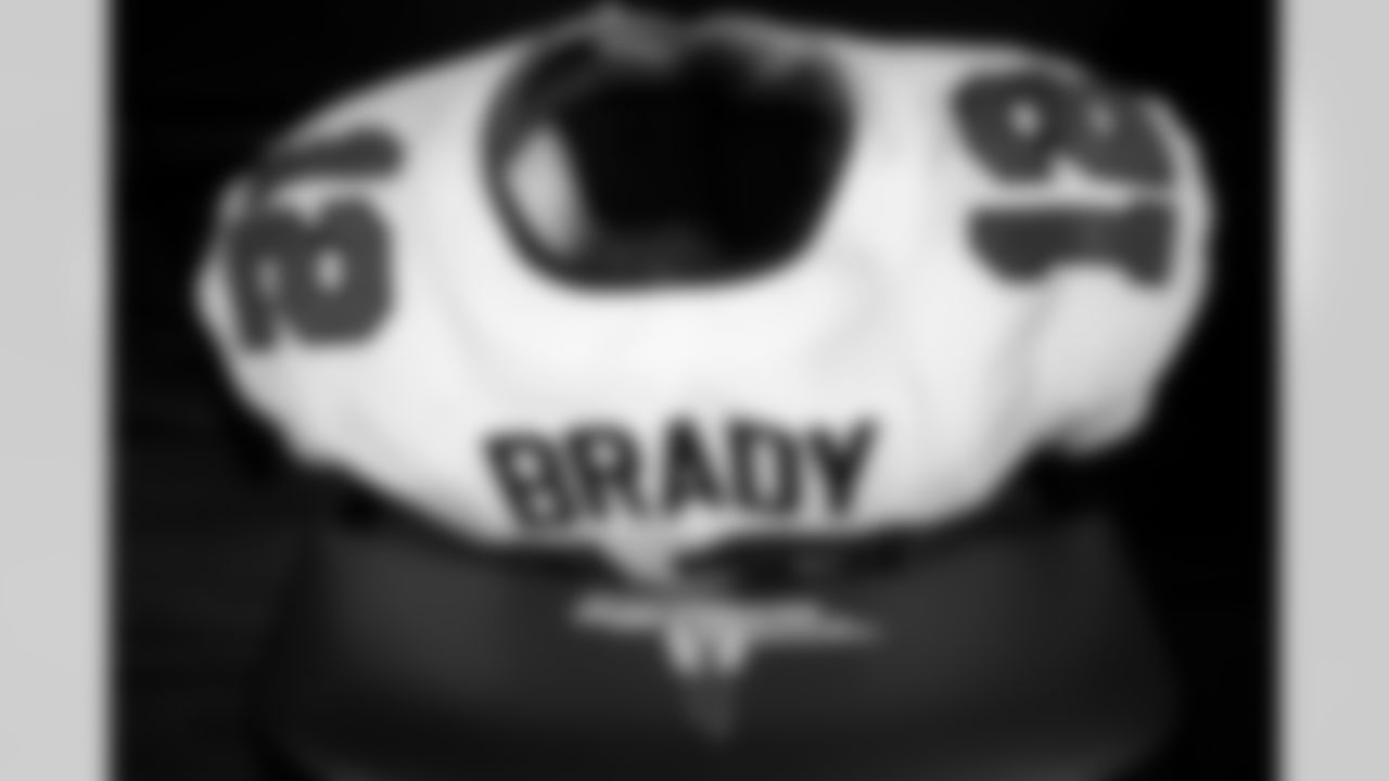 FOXBOROUGH, MA - October 03, 2021 - Quarterback Tom Brady #12 of the Tampa Bay Buccaneers' jersey before the game between the Tampa Bay Buccaneers and New England Patriots at Gillette Stadium. The Buccaneers won the game 19-17. Photo By Kyle Zedaker/Tampa Bay Buccaneers