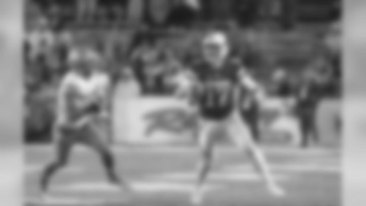 Cleveland Browns: QB Josh Allen, Wyoming (Scott Smith)
