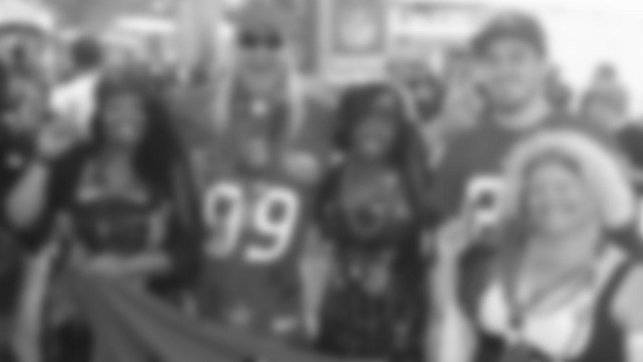Bucs fans at the Pro Bowl