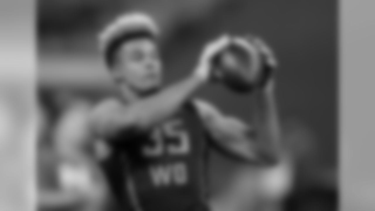 Notre Dame WR Equanimeous St Brown