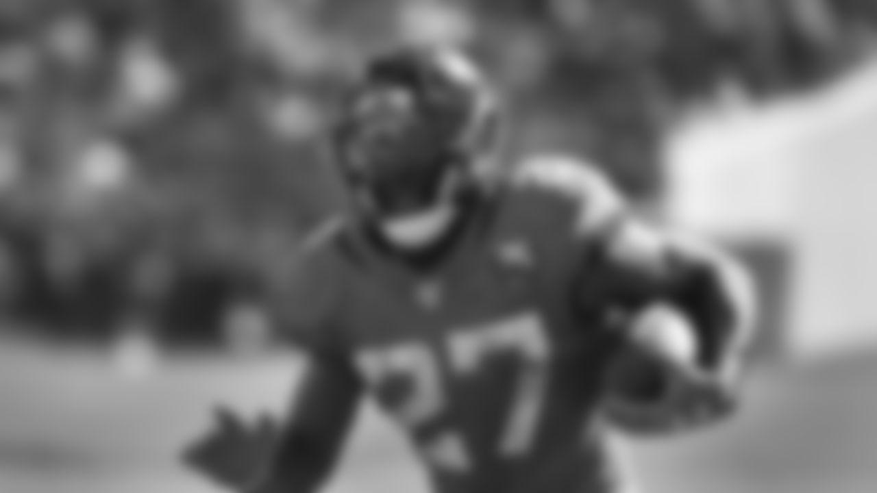 Jacksonville Jaguars running back Leonard Fournette (27) runs against the New Orleans Saints during the second half of an NFL football game, Sunday, Oct. 13, 2019, in Jacksonville, Fla. (AP Photo/Stephen B. Morton)