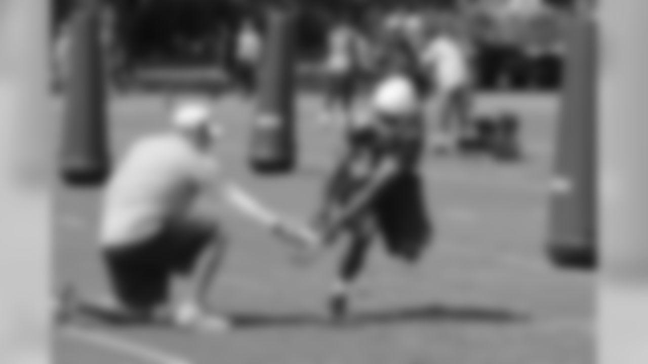 RB Jalen Parmele practices punt blocks