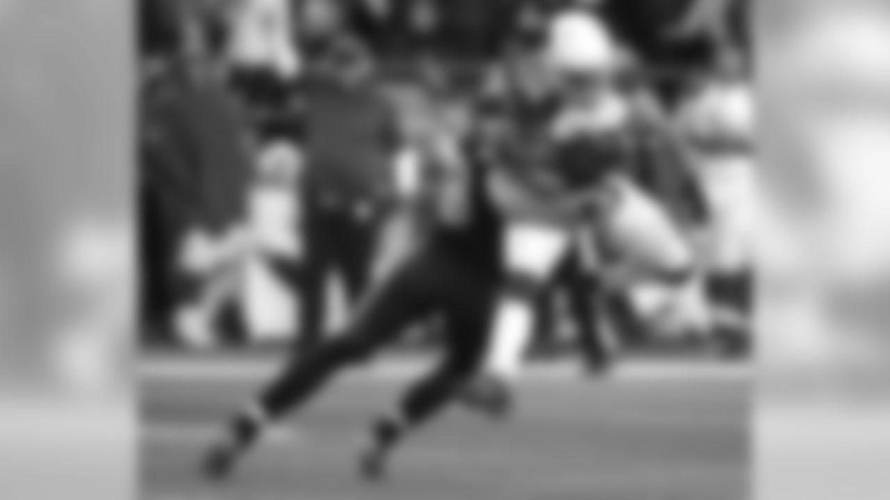 S Tyrann Mathieu: 6 tackles, interception, three passes defended
