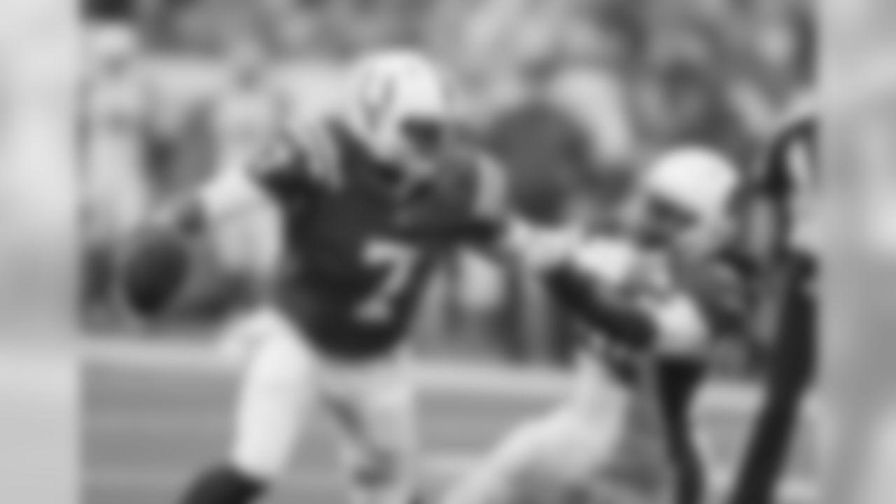 LB Markus Golden can't corral Colts QB Jacoby Brissett