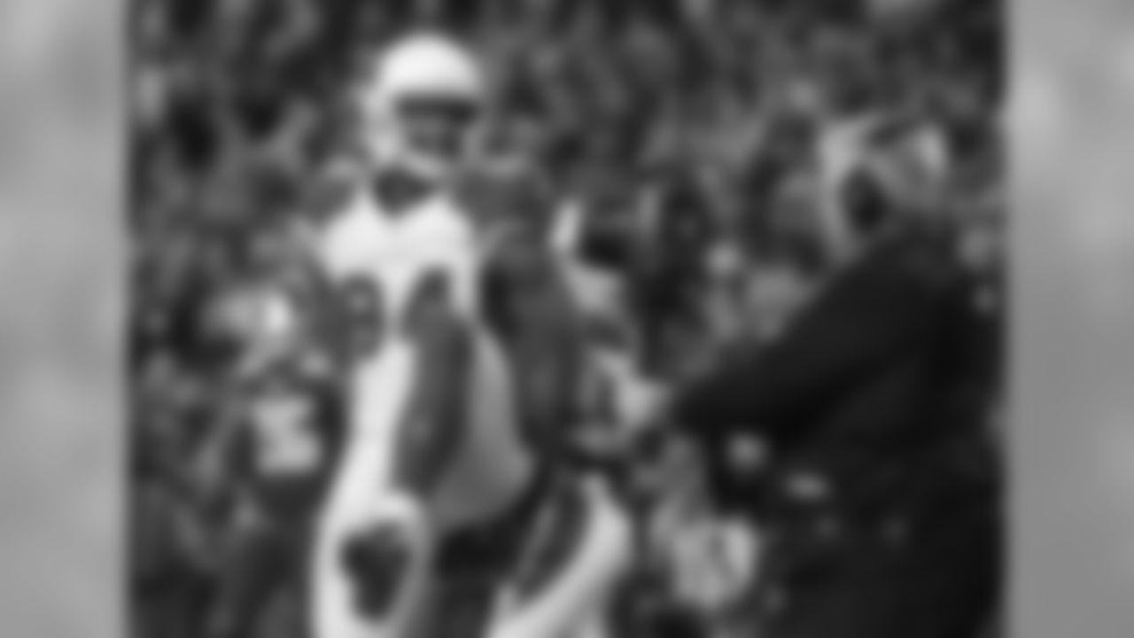 TE Jermaine Gresham celebrates his go-ahead touchdown