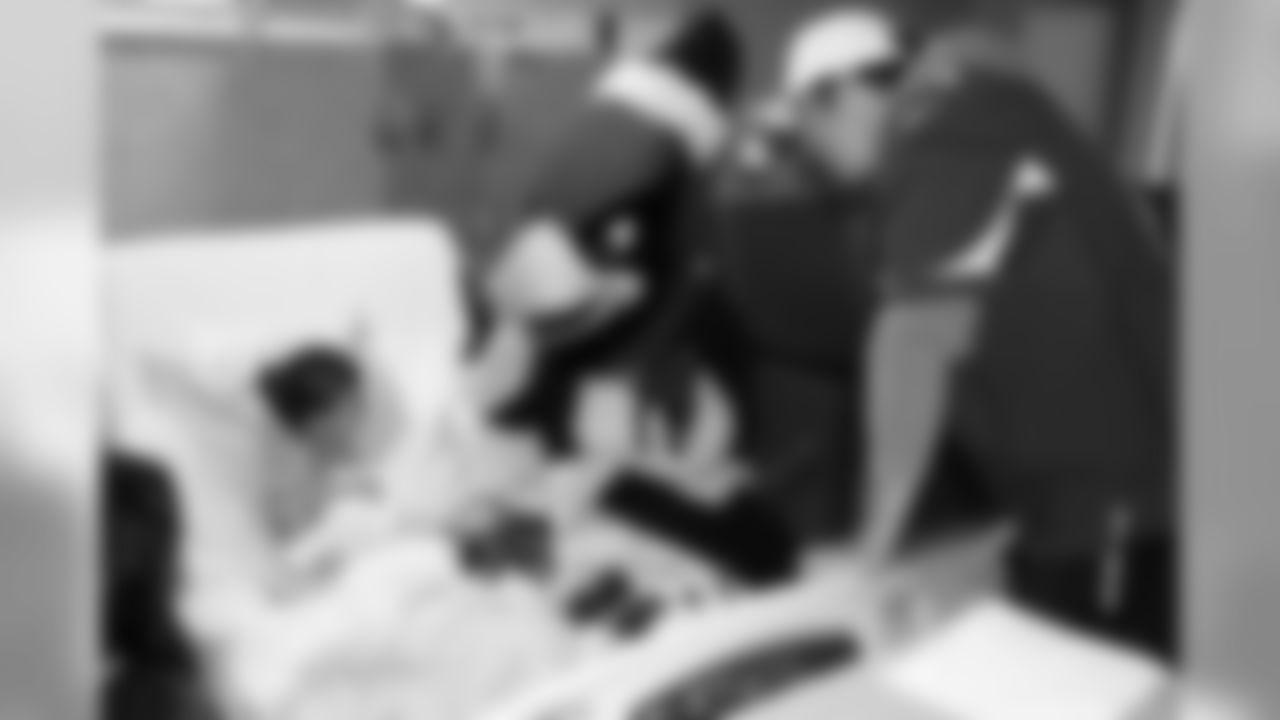 QB Ryan Lindley and Big Red visit a patient at Phoenix Children's Hospital