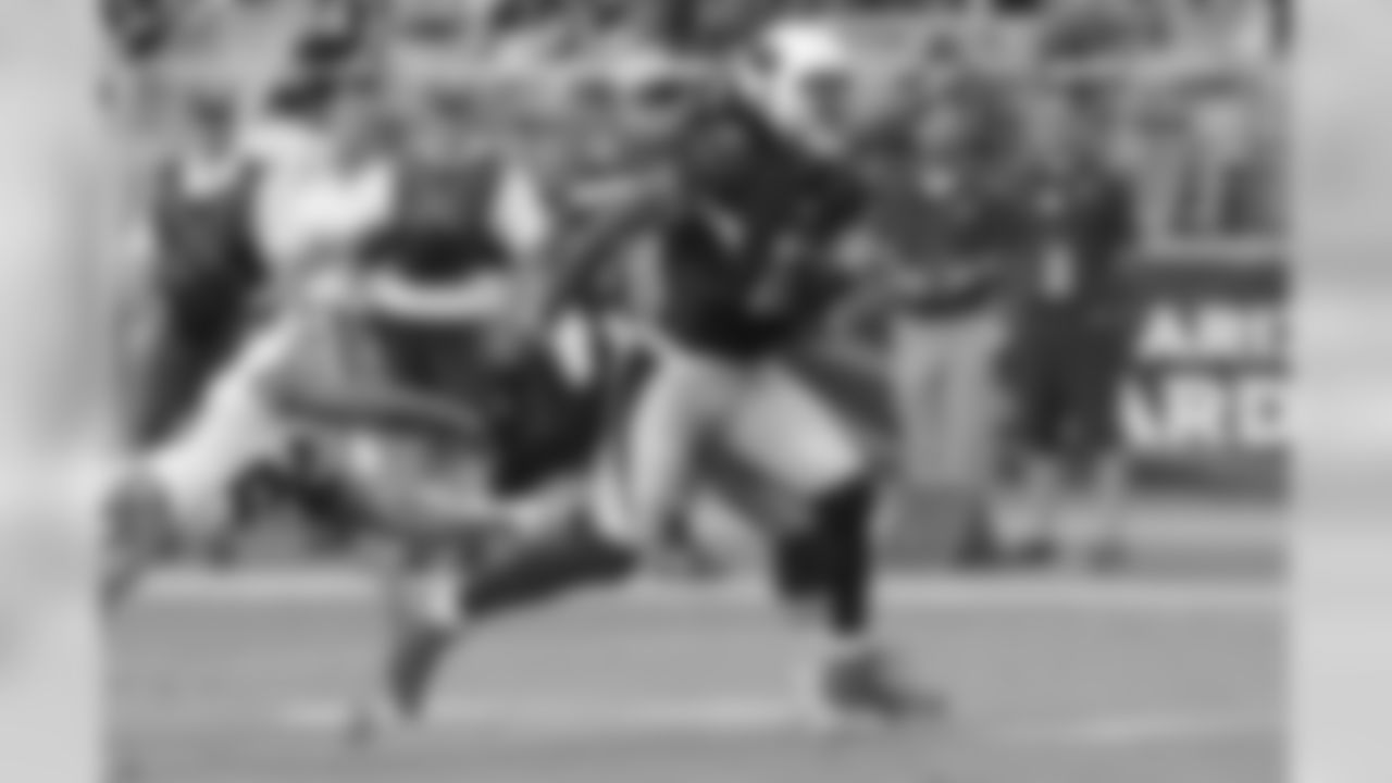 WR Larry Fitzgerald runs for a touchdown