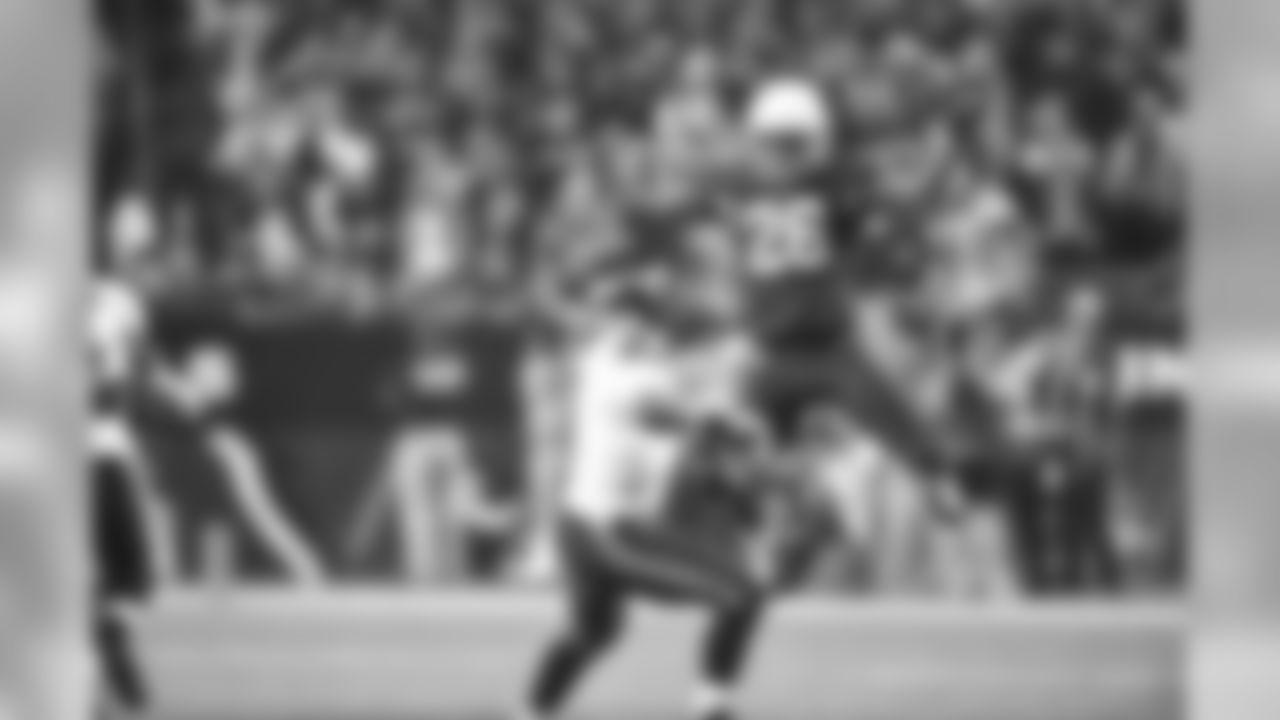 S Rashad Johnson pressures Seahawks QB Russell Wilson