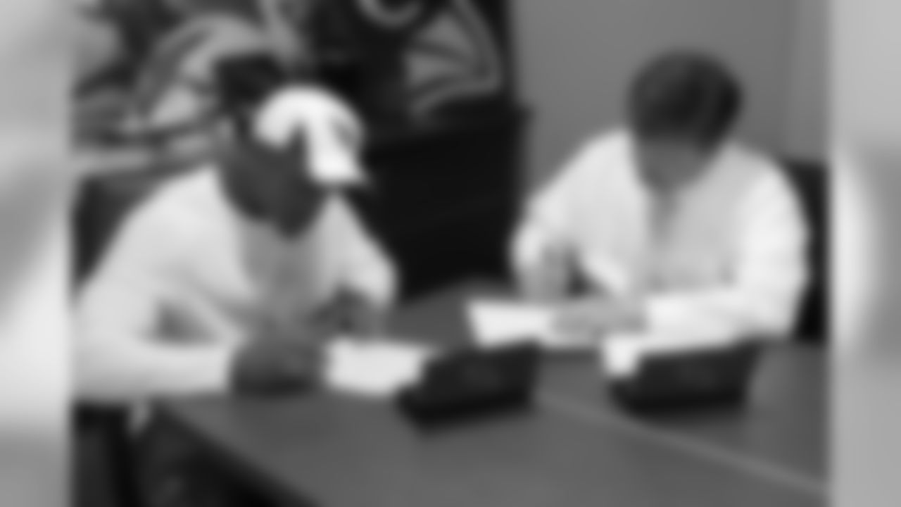 First-round pick Deone Bucannon signs his rookie deal
