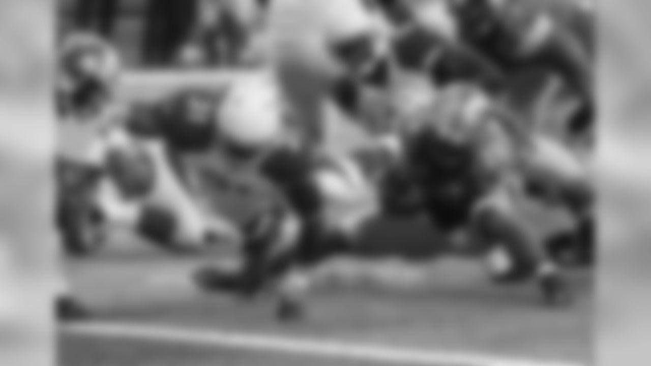 RB David Johnson scores a touchdown