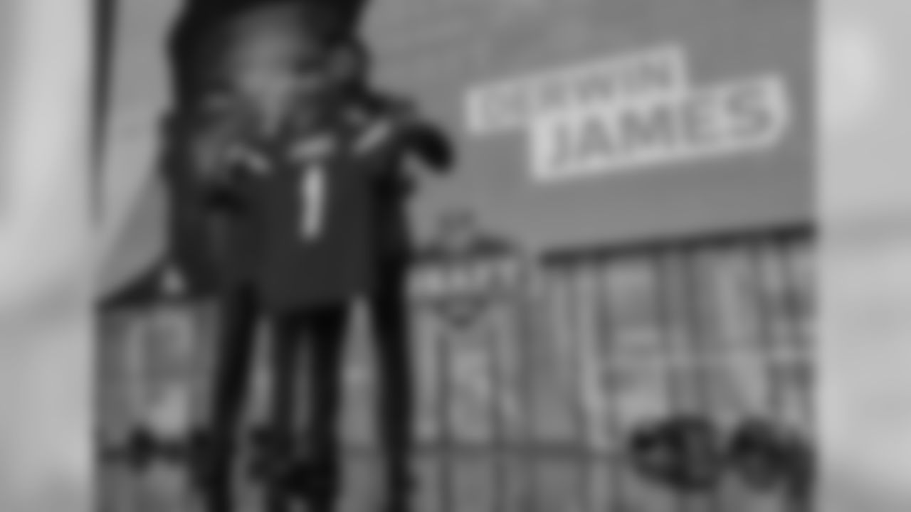 S Derwin James - 2018 - Pick 17 - FSU