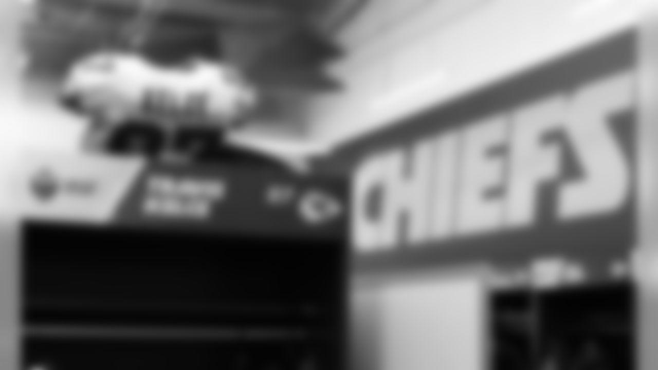 Kansas City Chiefs Tight End Travis Kelce (87) prior to the game between the Kansas City Chiefs and the Los Angeles Chargers at Estadio Azteca, November 18, 2019