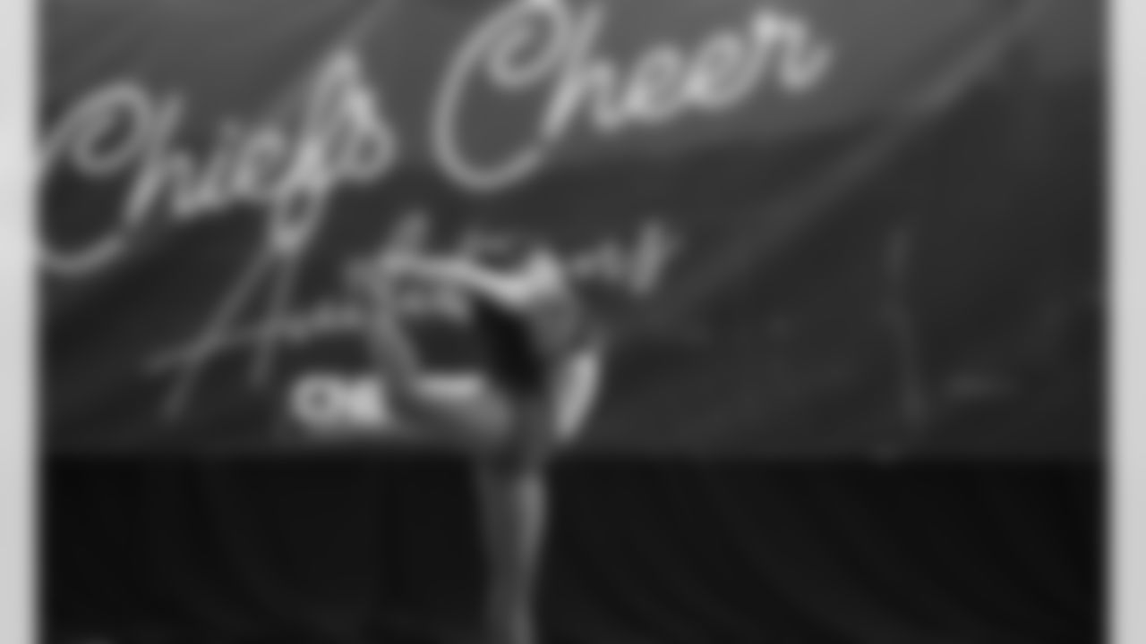 cheerAuditionsCover21