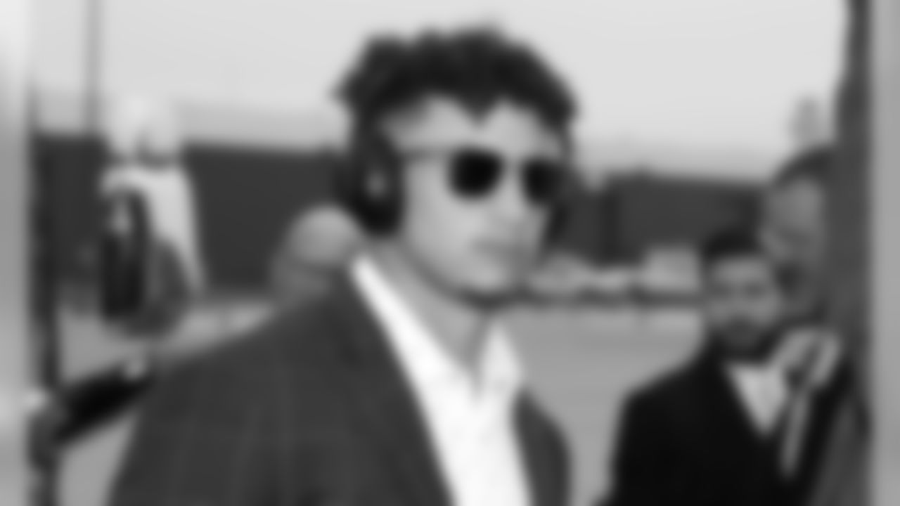 Kansas City Chiefs Quarterback Patrick Mahomes (15) at the airport heading to Detroit the day before the game between the Kansas City Chiefs and the Detroit Lions at Ford Field in Detroit, MI.