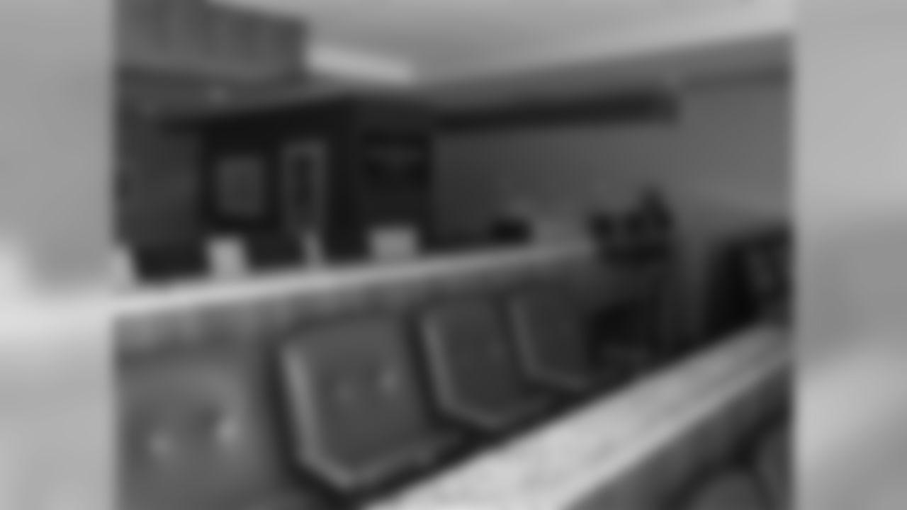 Suites-Sideline-4