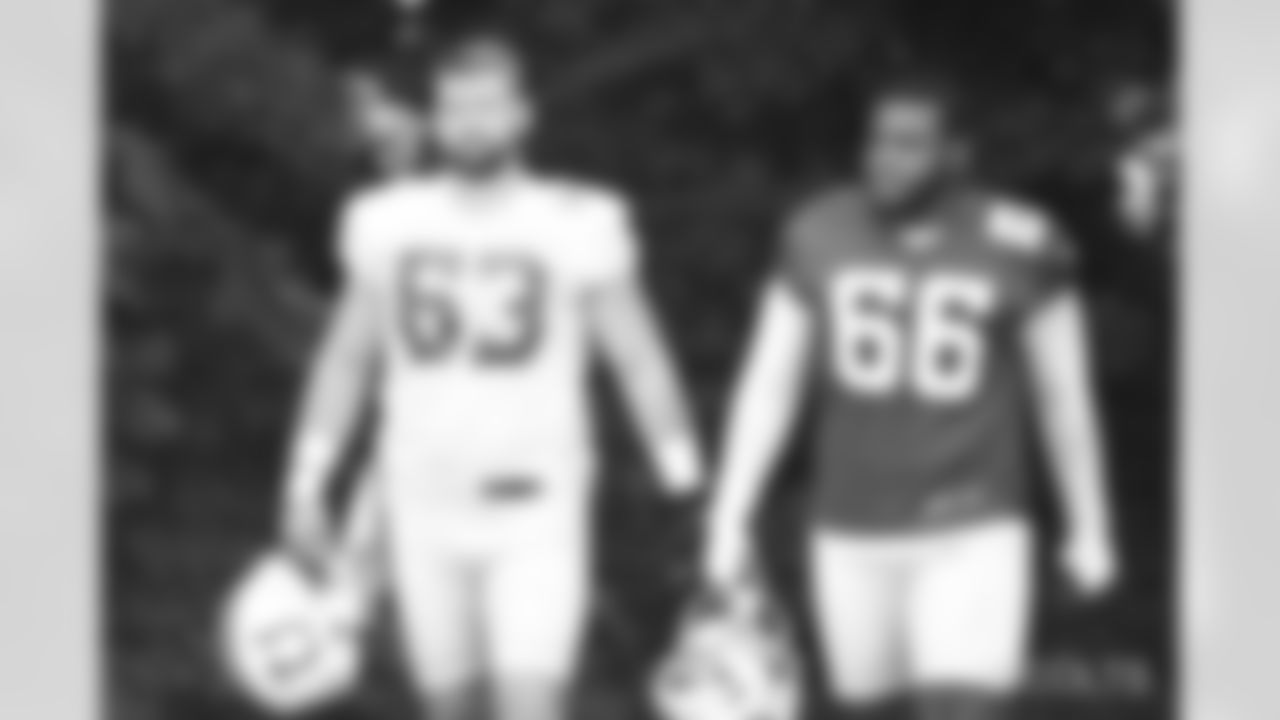 63 G Danny Pinter and #66 DT Chris Williams