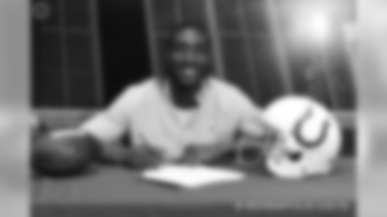[Mo Alie-Cox](https://www.colts.com/team/players-roster/mo-alie-cox/) #81 | TE | 6-5 | 267lbs | 25yrs | 1 yr | Virginia Commonwealth