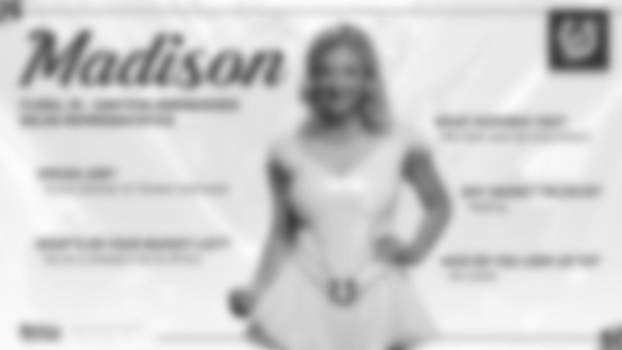 2019_Dec_CheerleaderoftheWeek_Madison