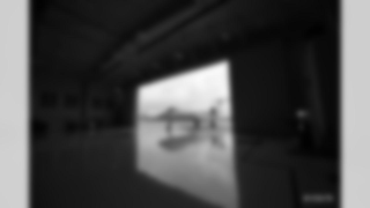 2021_0318_Wentz_Arrival_0030