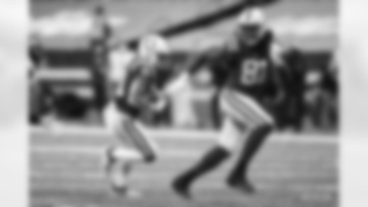 21 RB Nyheim Hines, #81 TE Mo Alie-Cox