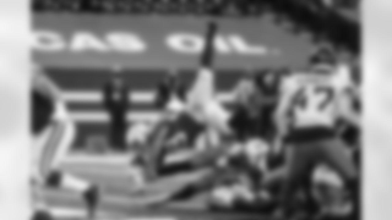 28 RB Jonathan Taylor